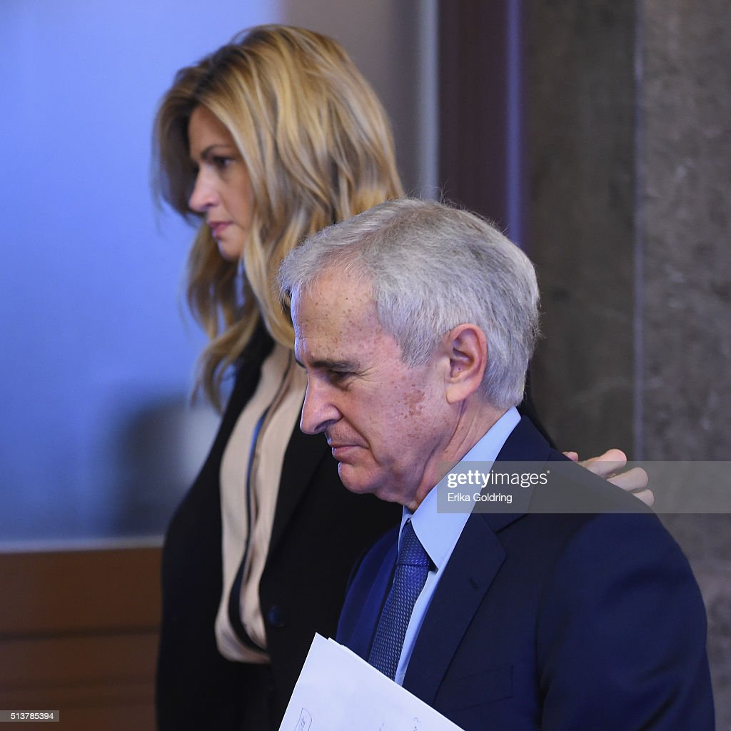 Erin Andrews Leaves Court in Tears, Before Infamous Video