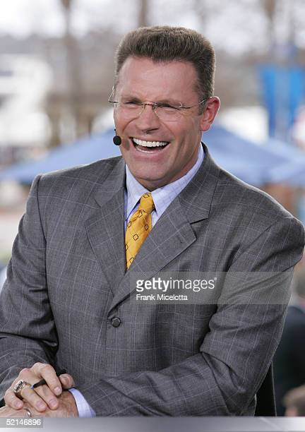 Sportscaster Howie Long speaks at the FOX Broadcast booth during the XXXIX Superbowl pregame show at Alltel Stadium on February 6 2005 in...