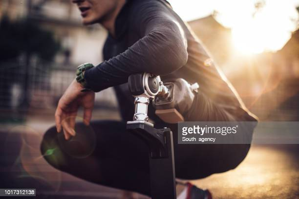 sportsman disability guy - amputee stock pictures, royalty-free photos & images
