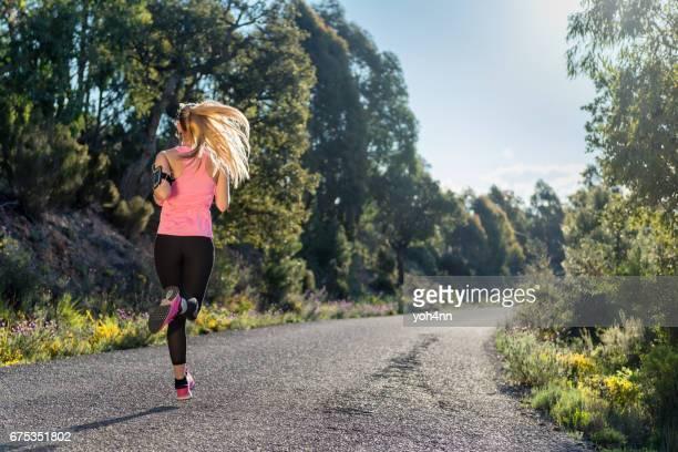 Sportswoman & sprinting improvement