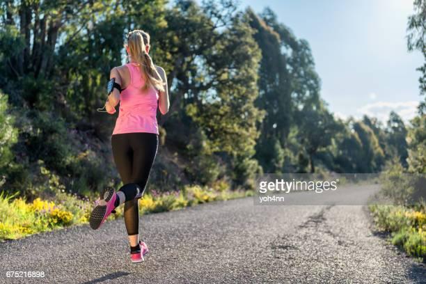 Sportswoman & sprinting performance