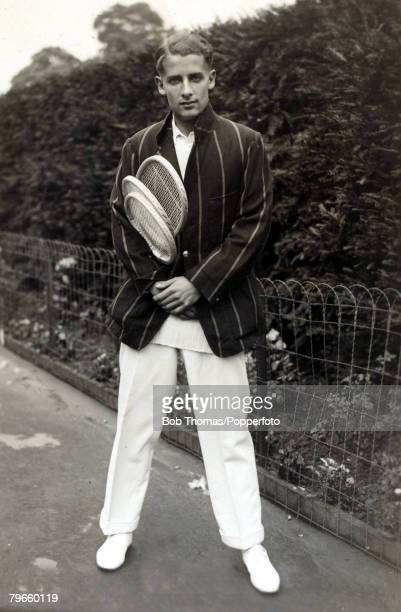 """Sport/Tennis, circa 1930, H,W,""""Bunny"""" Austin, Great Britain, who was the first male player to wear shorts in 1932, Twice a Wimbledon Mens Singles..."""