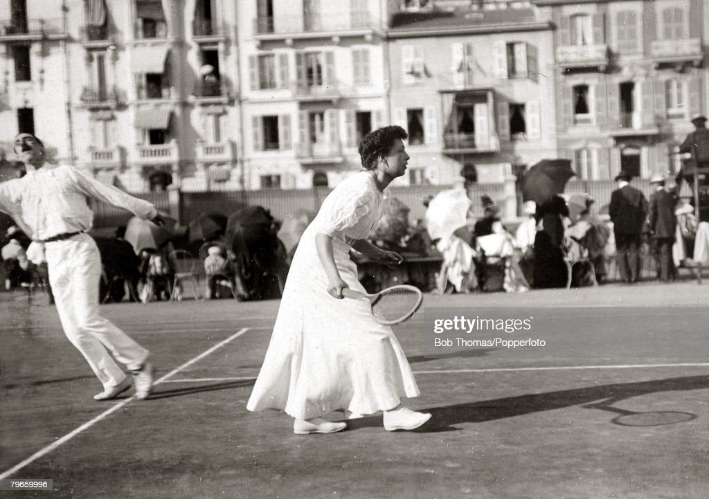 Sport/Tennis, France, 1906, Miss, Madarasz seen playing in the South of France in a Mixed Doubles match, This photograph is from an album covering tennis matches on the French Riviera in 1906, with matches being played in Nice and Monte Carlo featuring H, : News Photo