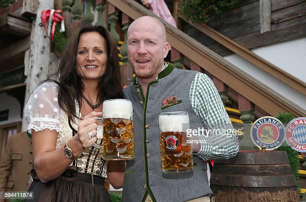 Sportvorstand Matthias Sammer FC Bayern München mit mit Ehefrau KARIN FC Bayern auf der Wiesn auf dem Münchner Oktoberfest