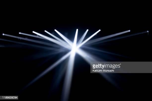 spotlights lighting background - スポットライト ストックフォトと画像