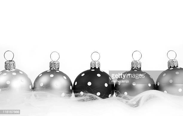 taches noir et argent décorations - noel noir et blanc photos et images de collection
