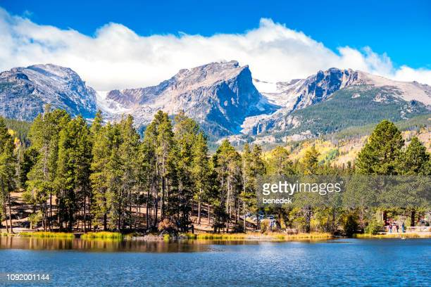 sprague lake hallett peak and tyndall glacier in rocky mountain national park colorado usa - colorado stock pictures, royalty-free photos & images