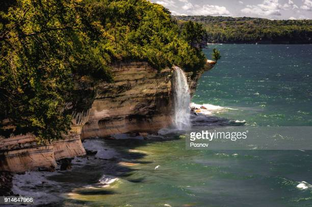 spray falls - munising michigan stock pictures, royalty-free photos & images