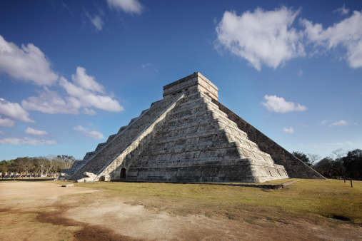 Spring Equinox at Chichenitza pyramid 157582180