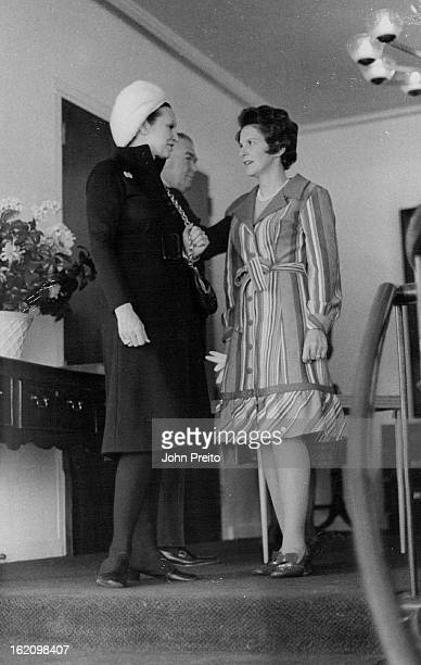 FEB 11 1972 FEB 15 1972 Spring Fashion Show Benefits Scholarship Fund Chatting prior to Monday's PeopletoPeople benefit luncheon and fashion show at...