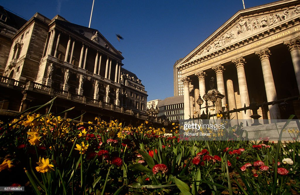 Uk london bank of england and cornhill spring flowers pictures spring flowers grow in the beds at bank triangle beneath the pillars of the bank mightylinksfo