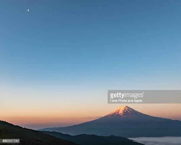 Spring Fuji morning scenery