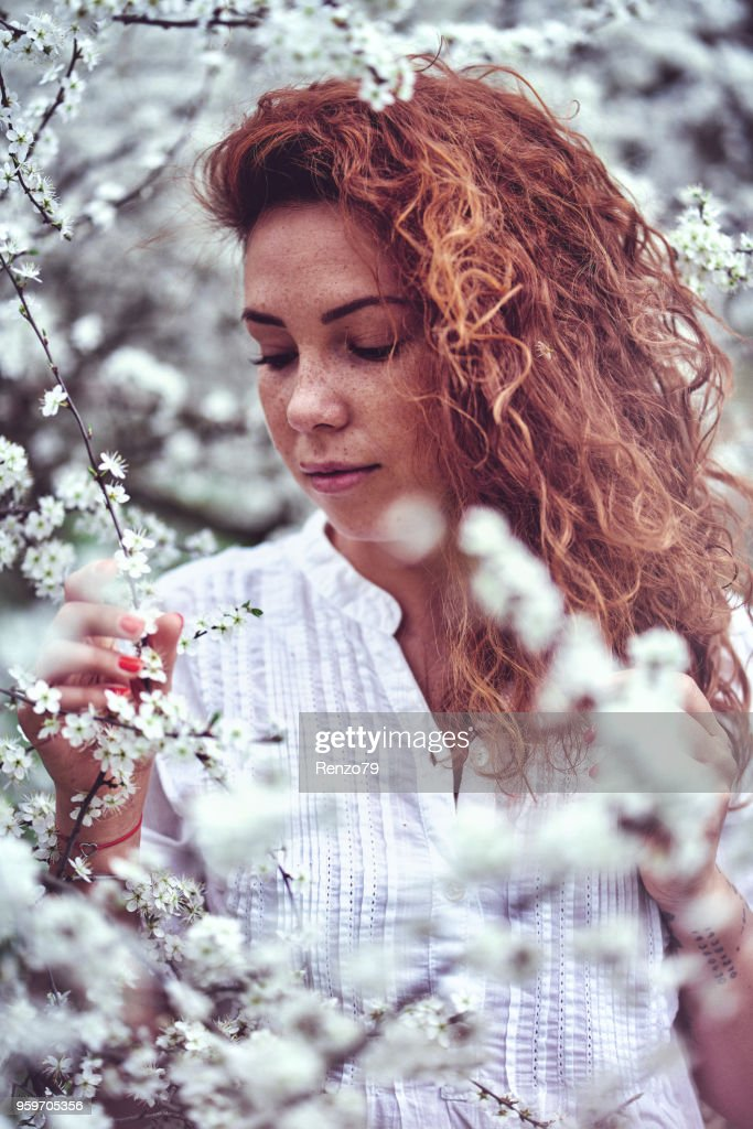 Frühling Mädchen : Stock-Foto