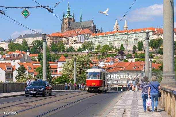 spring in prague - hradcany castle stock pictures, royalty-free photos & images