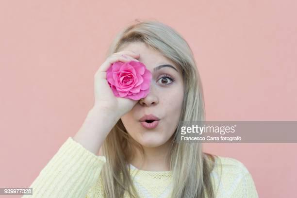 spring portrait - fleurs en gros plan photos et images de collection