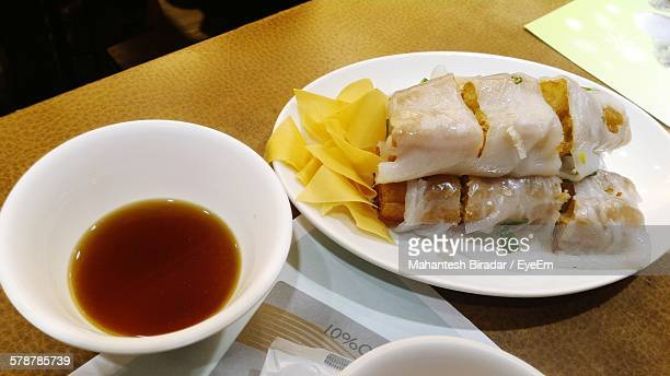 Spring Rolls With Tea