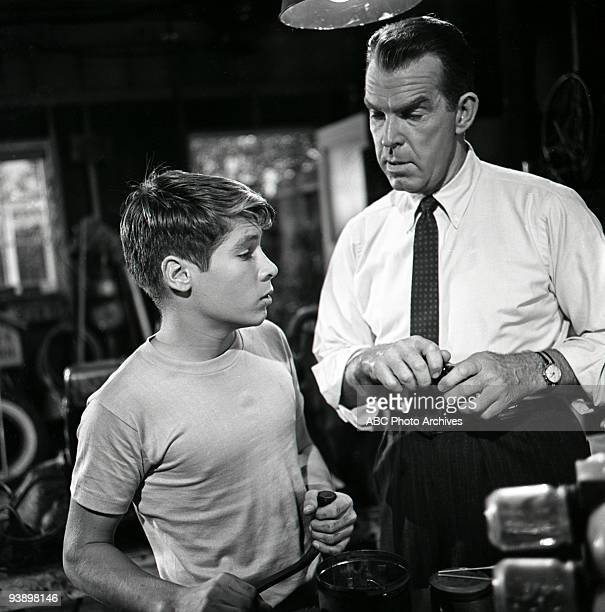 SONS Spring Will Be a Little Late 12/8/60 Don Grady and Fred MacMurray