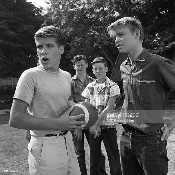 SONS Spring Will Be a Little Late 12/8/60 Don Grady Extras