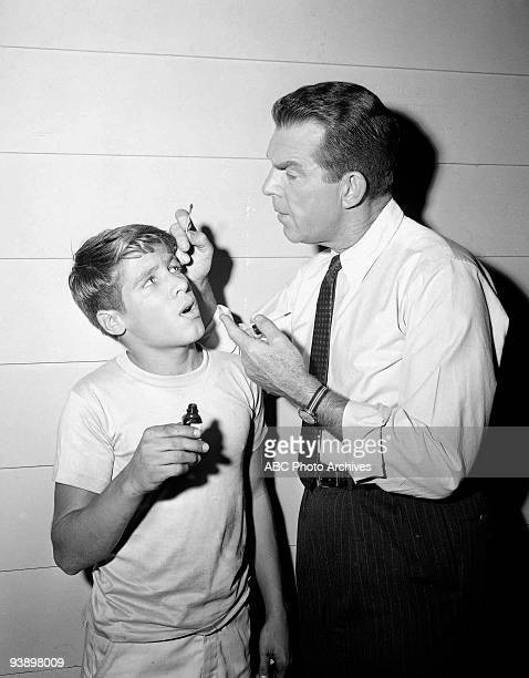SONS Spring Will Be a Little Late 12/8/60 Don Grady Fred MacMurray
