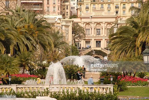 Springbrunnen am Casino Monte Carlo Fürstentum Monaco Europa Reise