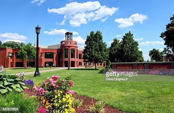スプリングフィールド大学 - スプリングフィールド ストックフォトと画像