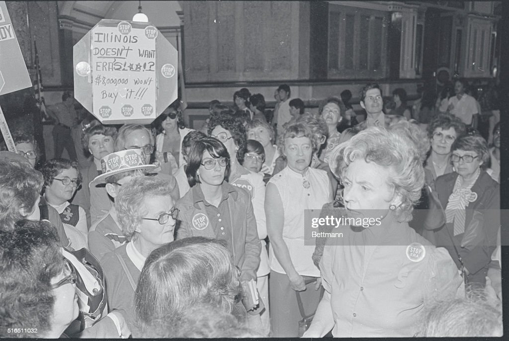 Phyllis Schlafly and Others Protesting : News Photo