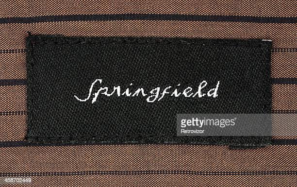 De Springfield logotipo en camisa etiqueta