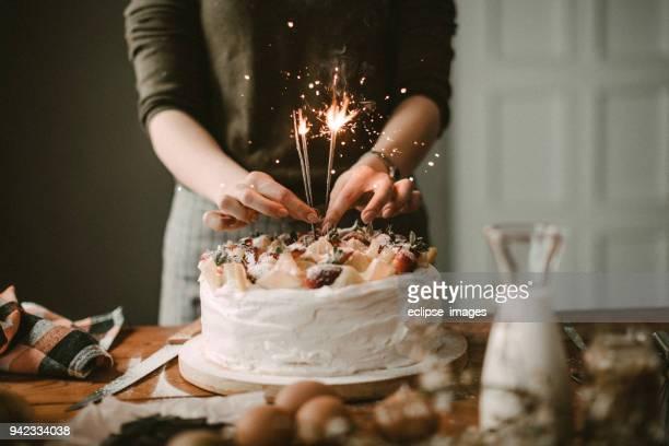 sprinkles são todos arround - birthday cake - fotografias e filmes do acervo
