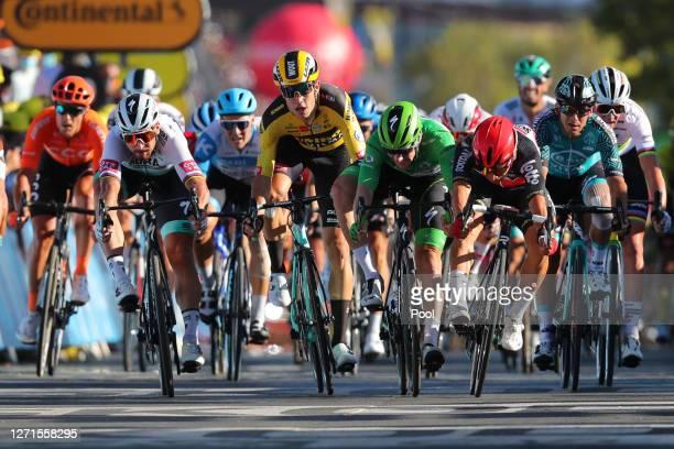Sprint / Arrival / Caleb Ewan of Australia and Team Lotto Soudal / Sam Bennett of Ireland and Team Deceuninck - Quick-Step Green Points Jersey /...