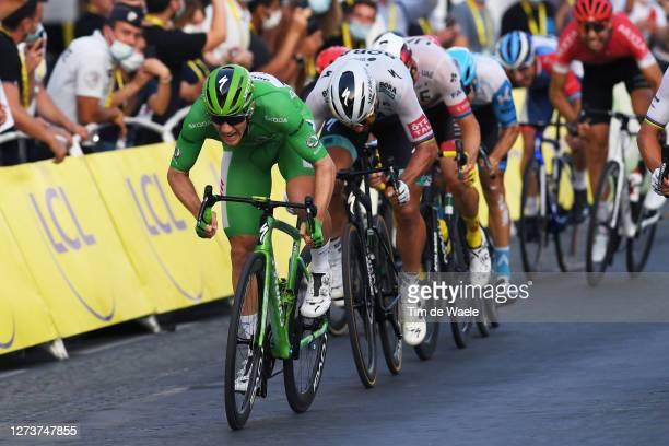 Sprint / Arrival / Sam Bennett of Ireland and Team Deceuninck - Quick-Step Green Points Jersey / Peter Sagan of Slovakia and Team Bora - Hansgrohe /...