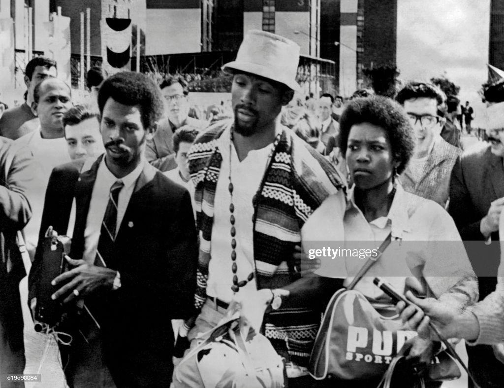 OLY-1968-ATHLETICS : News Photo
