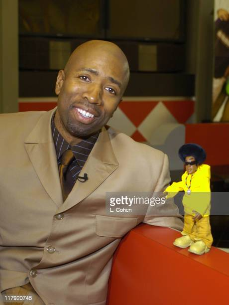 Sprite's New Advertising Star THIRST hangs out with TNT's Kenny Smith at the Sprite NBA Celebration