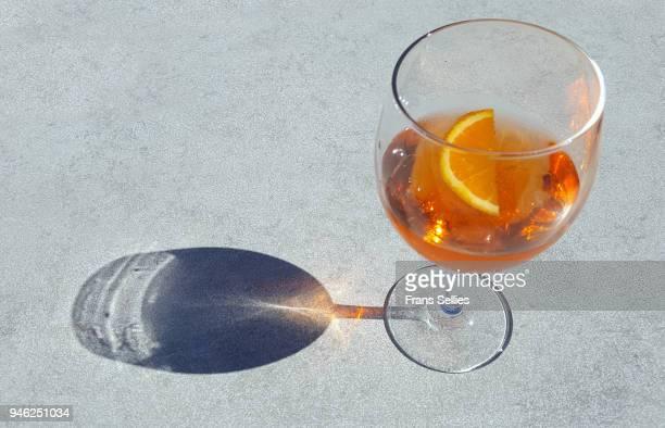 spritz cocktail - frans sellies stockfoto's en -beelden