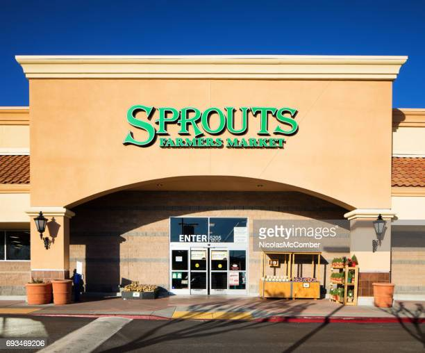 sprouts healthy food store entrance facade with sign - entrance sign stock pictures, royalty-free photos & images