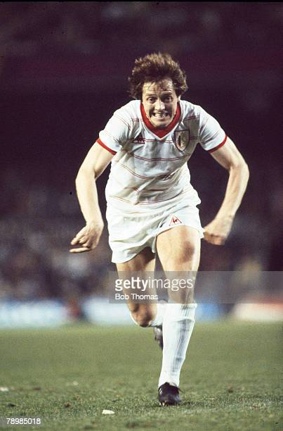 12th May 1982 European Cup Winners Cup Final Barcelona 2 v Standard Liege 1 Arie Haan Standard Liege midfielder who played international football for...