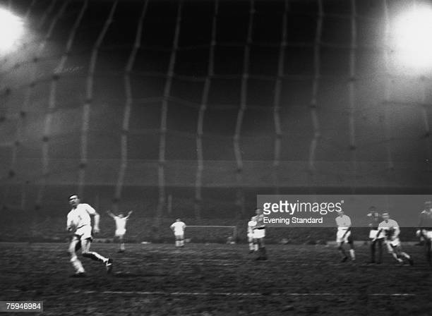 Spurs captain Danny Blanchflower scores from a penalty during the second leg of the European Cup semi final against Benfica at White Hart Lane 5th...