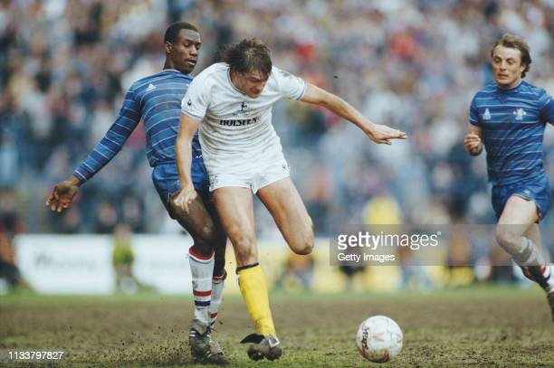 2 587 Glenn Hoddle Photos And Premium High Res Pictures Getty Images