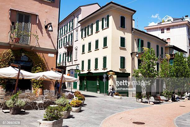 square giovine italia - varese stock pictures, royalty-free photos & images