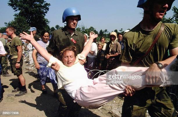 Srebrenica refugees arriving in Tuzla
