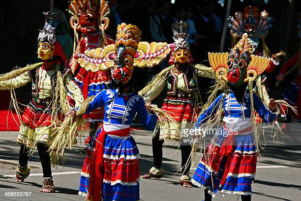 sri lakan dancers - kandy kandy district sri lanka stock pictures, royalty-free photos & images