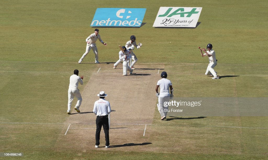 Sri Lanka v England: Third Test - Day Two : News Photo