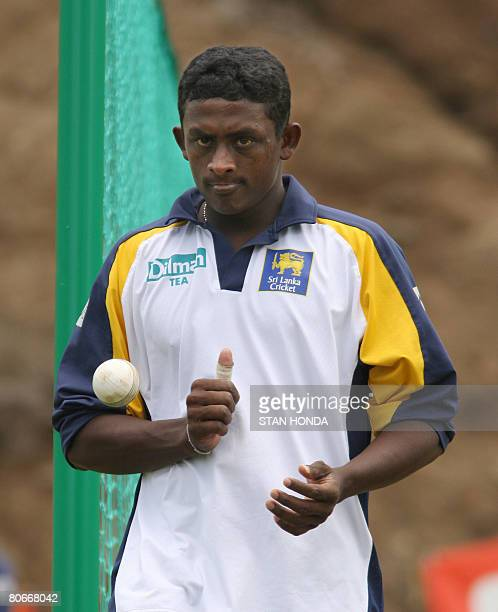 Sri Lanka bowler Ajantha Mendis tosses a ball before delivering during practice April 14 2008 at the Beausejour Cricket Grounds in Gros Islet Saint...