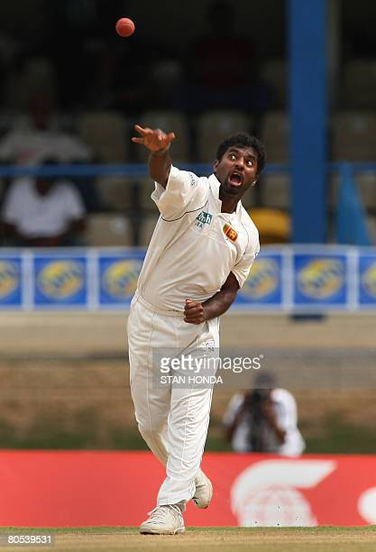 Sri Lanka bowler Muttiah Muralitharan delivers during the third day of the 2nd test April 5, 2008 at the Queens Park Oval in Port of Spain, Trinidad...