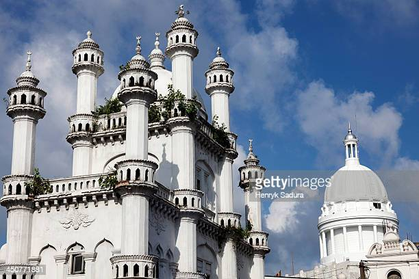 Sri Lanka, Colombo, Devatagaha Mosque and dome of town hall