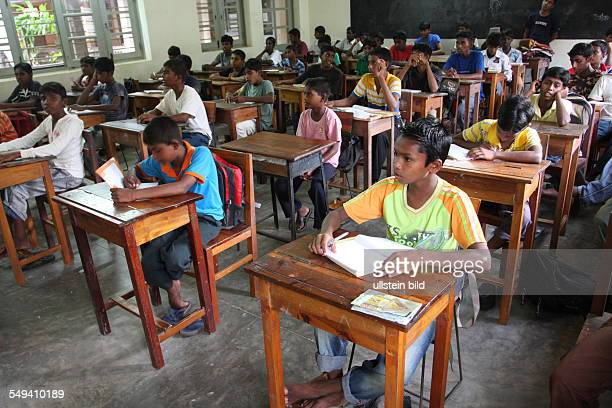 LKA Sri Lanka Uswetaketyawa The Salesian fight against pedophilia and helps the young boys to get education A class room with pupils