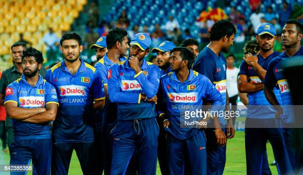 Sri Lankan cricket captain Upul Tharanga and the team mates are seen after the 5th and final One Day International cricket match between Sri Lanka...