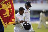 sri lankan cricketer rangana herath walks