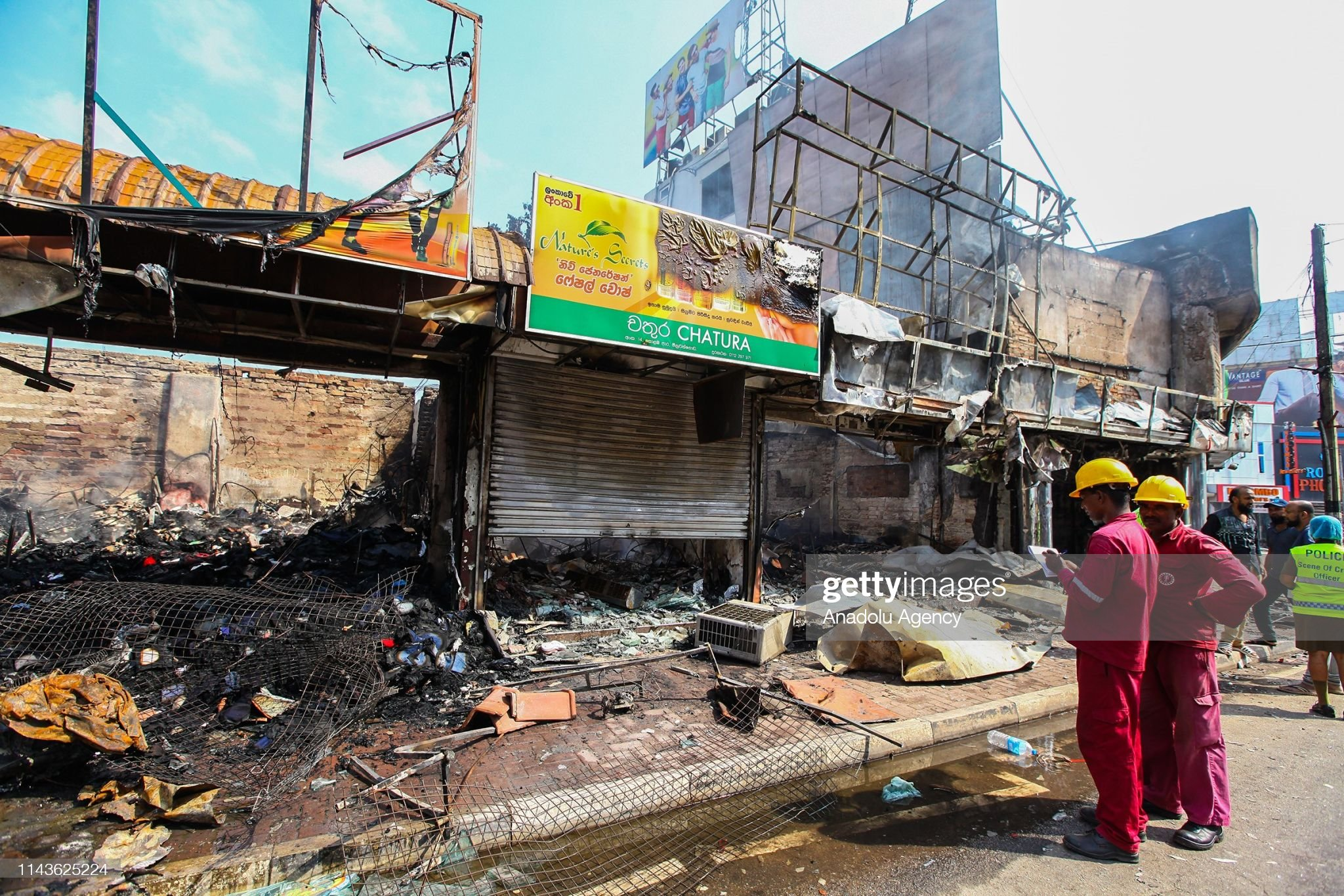 Mobs attack Muslim property in Sri Lanka : News Photo
