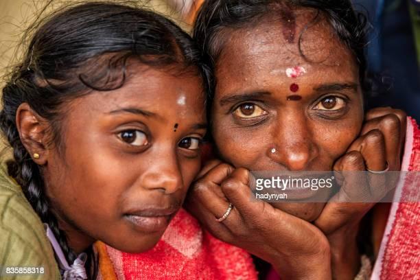 teen-indian-mom-daughter-nacked-pics-women
