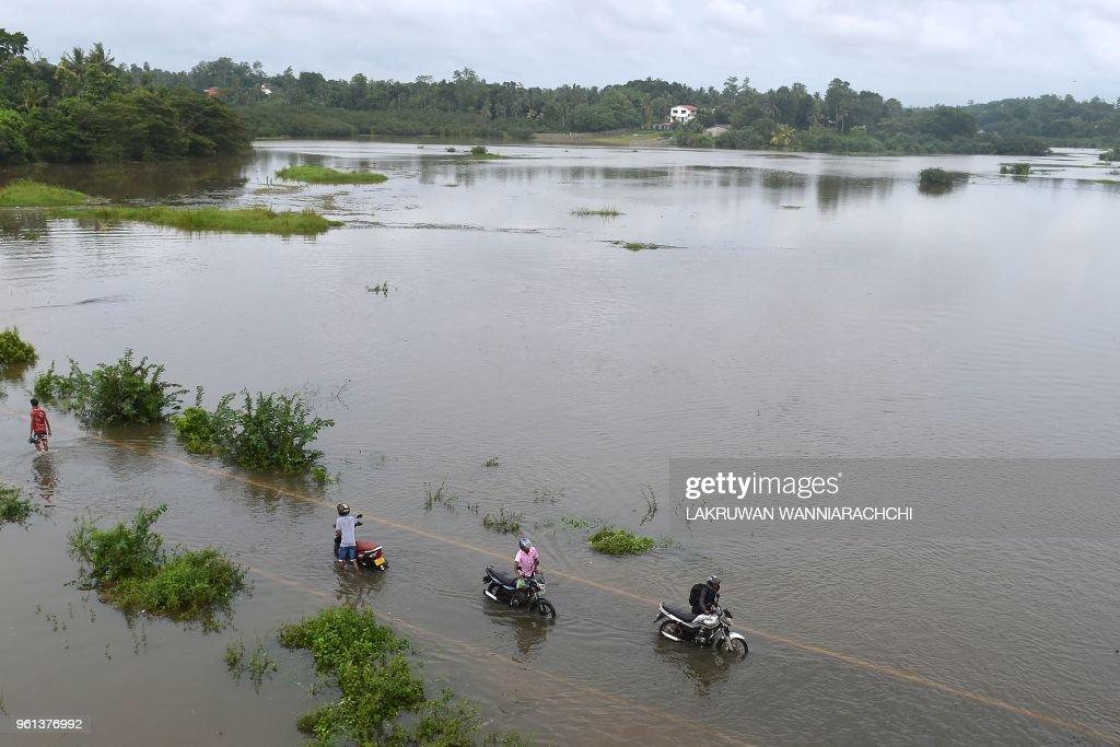 SRI LANKA-WEATHER-FLOOD : News Photo